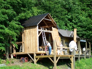Green Mountain Timber Frames restoring a historic corn crib