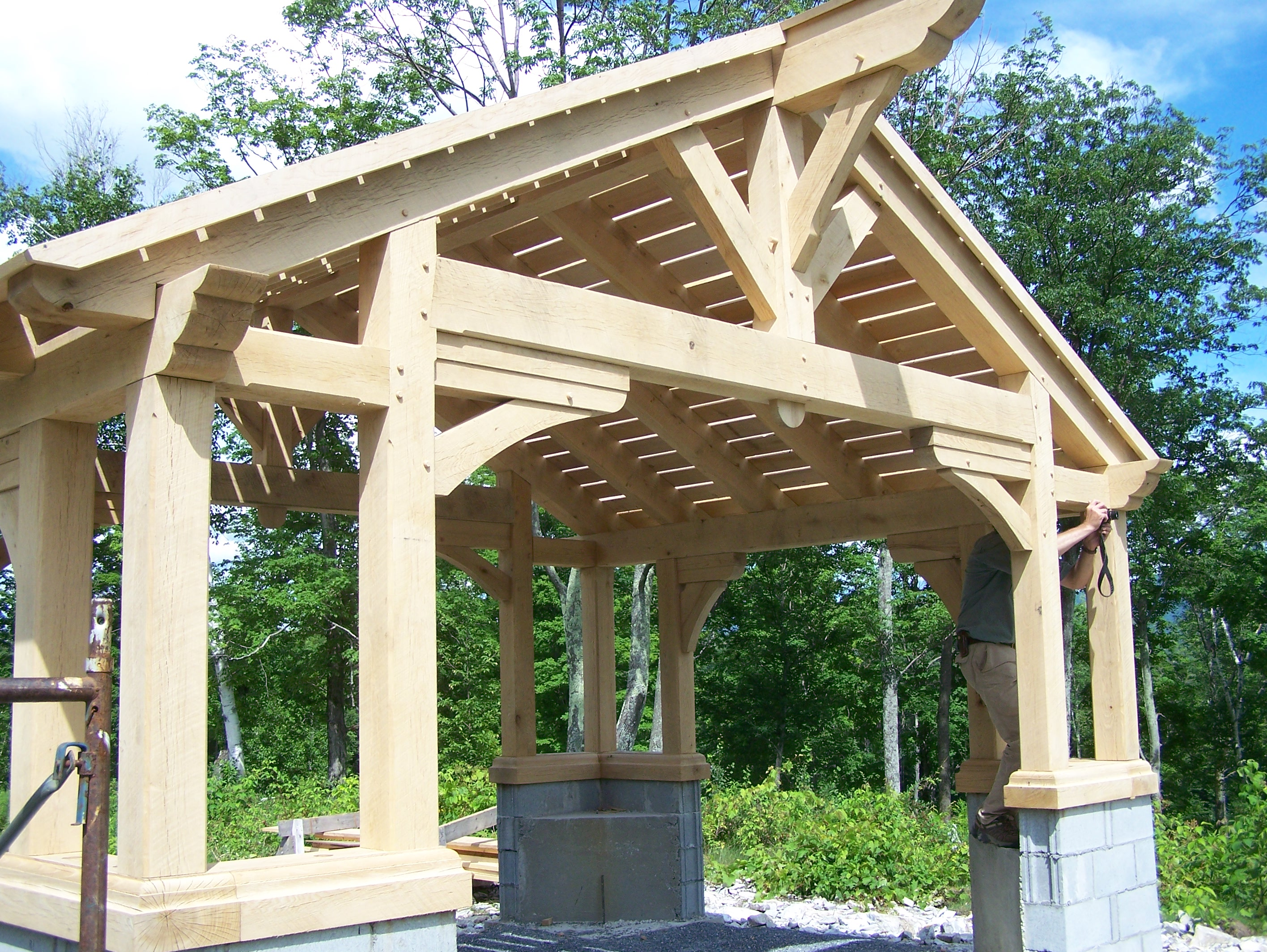 The timber frame gazebo green mountain timber frames for How to build a timber frame house