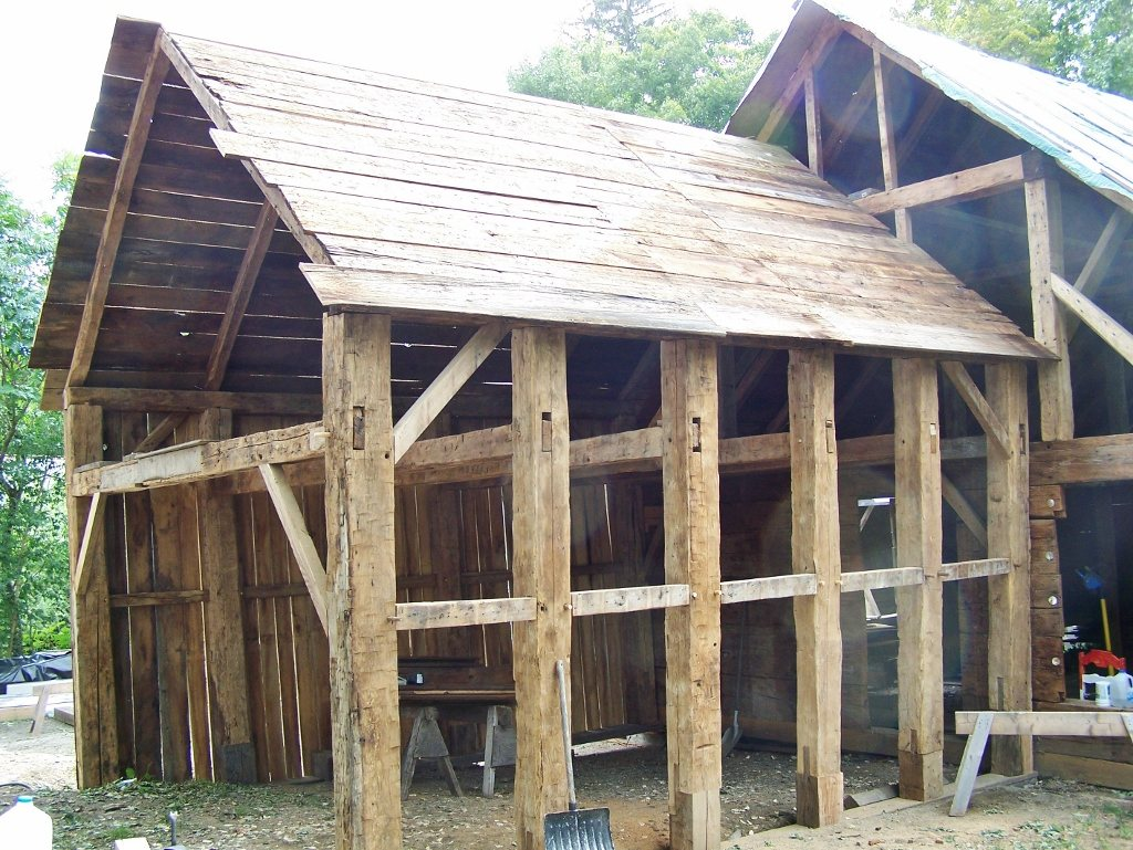 Historic timber frames green mountain timber frames for Barn frame homes
