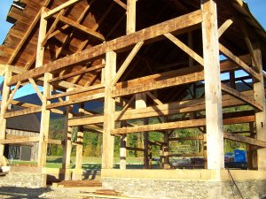 Manchester VT Raising - Beautifully restored timber frame beams