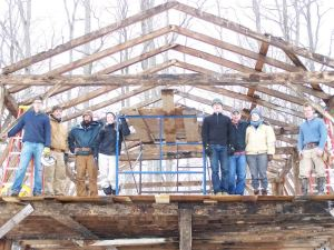 Vermont Timber Frame Gambrel Roof_Crew Shot