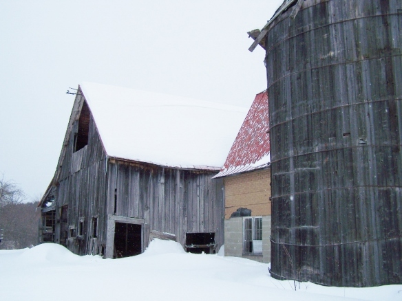 Original Restored Barn_Green Mountain Timber Frames_Before (800x601)