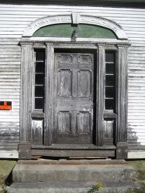 Hodsdon entryway before restoration green mountain timber frames