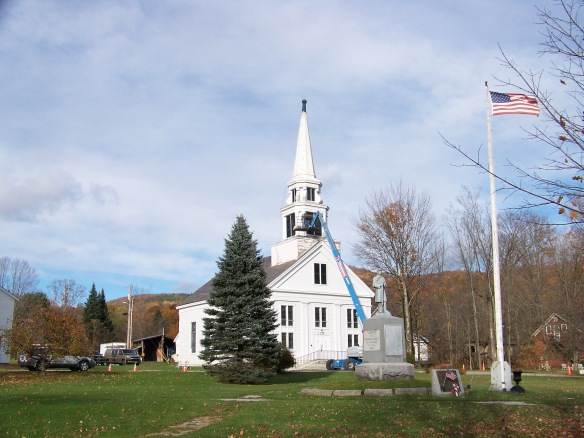 vermont-church-steeple-renovation_green-mountain-timber-frames