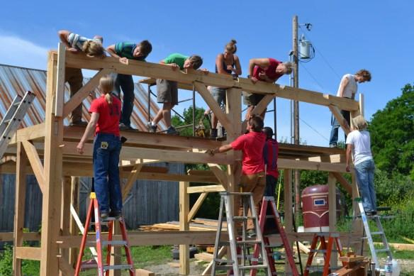 Green mountain timber frames sugar house raising