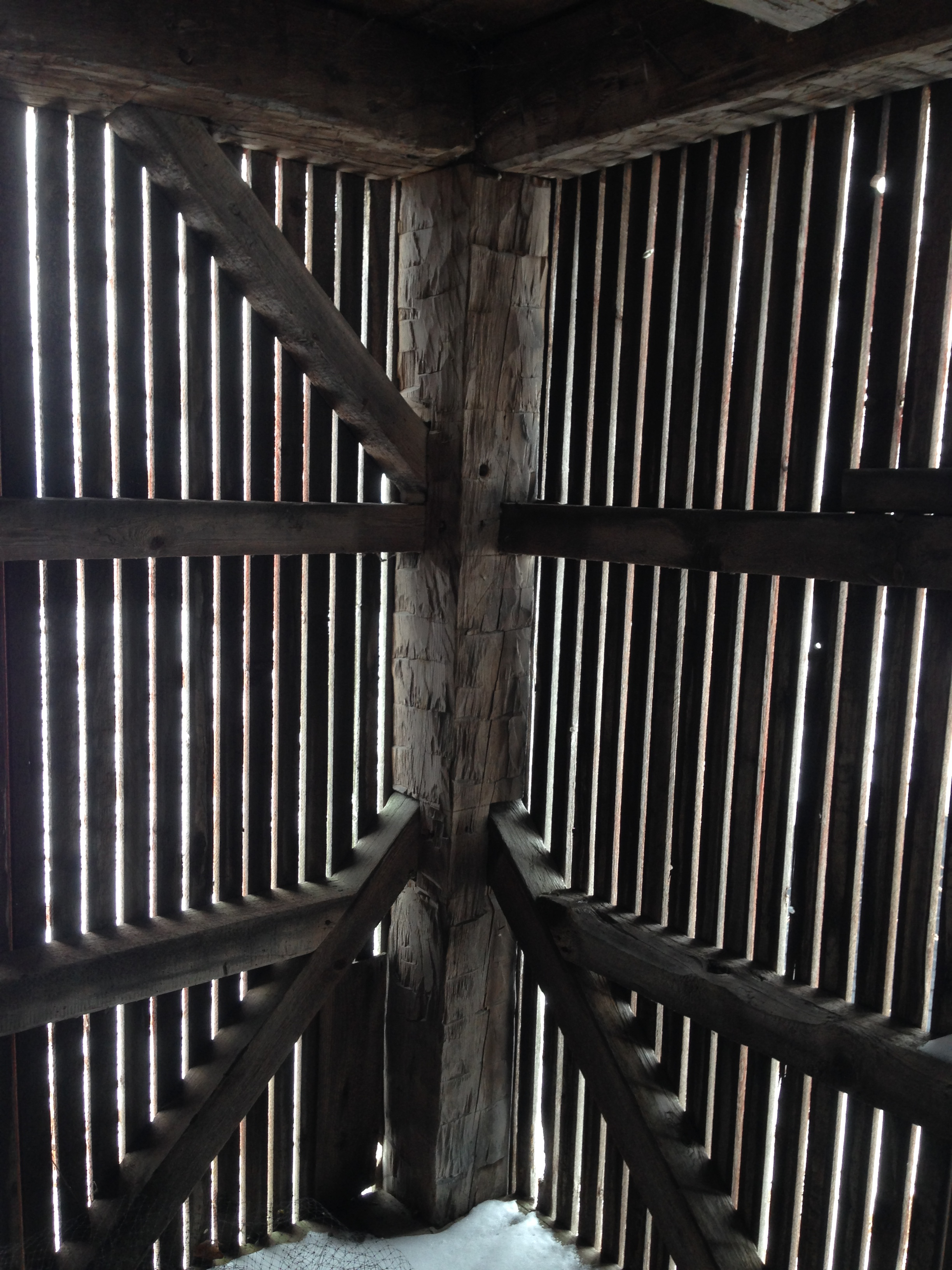 Old barns for sale_timber frame barn