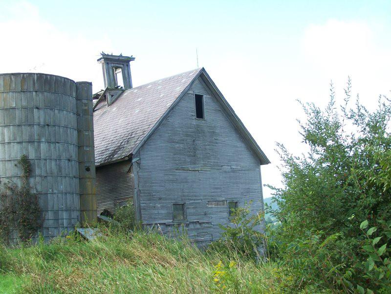 Antique barn for sale_ Green mountain timber frames benson vermont