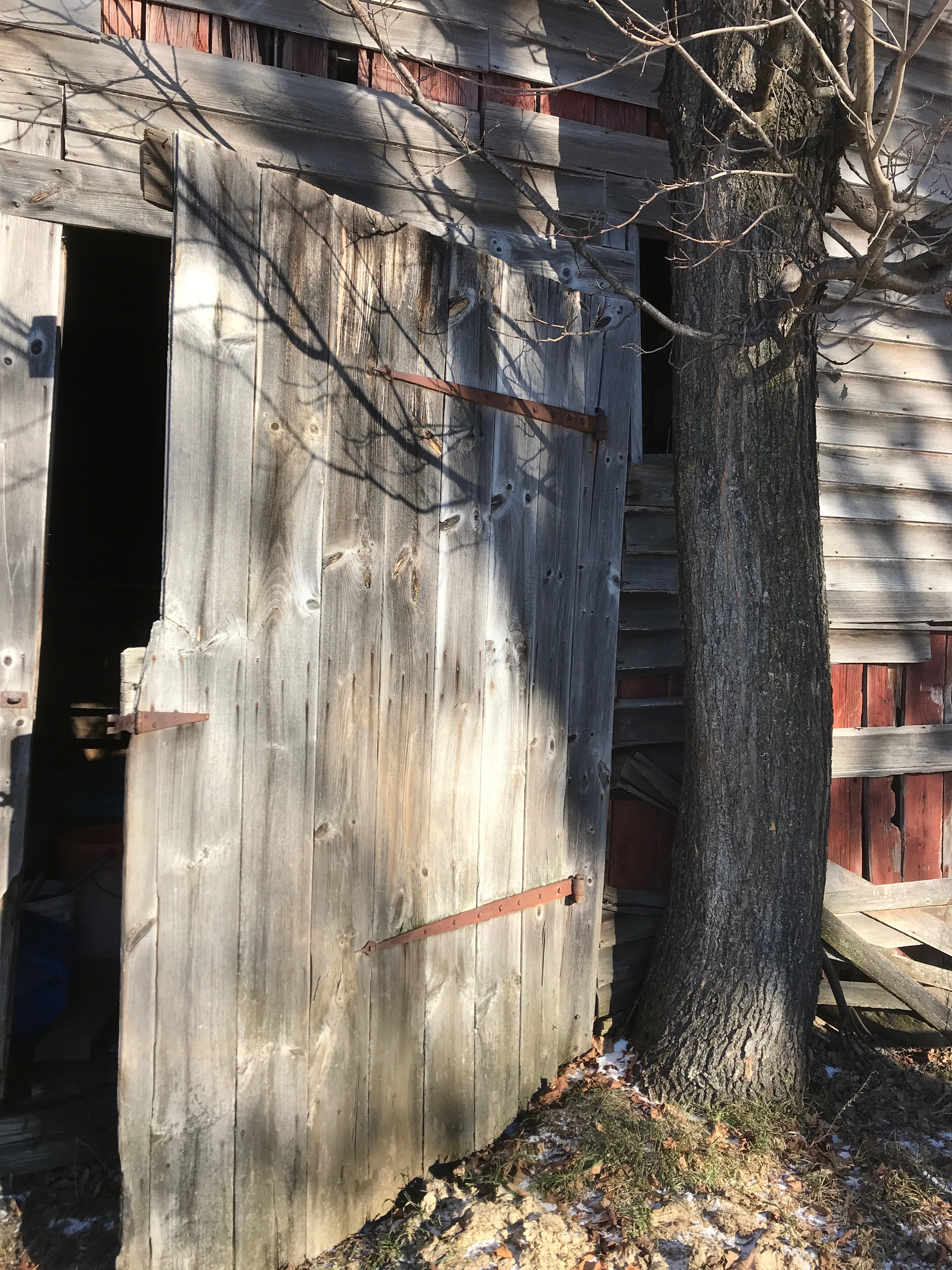 antique barn door | rupert granary | green mountain timber frames