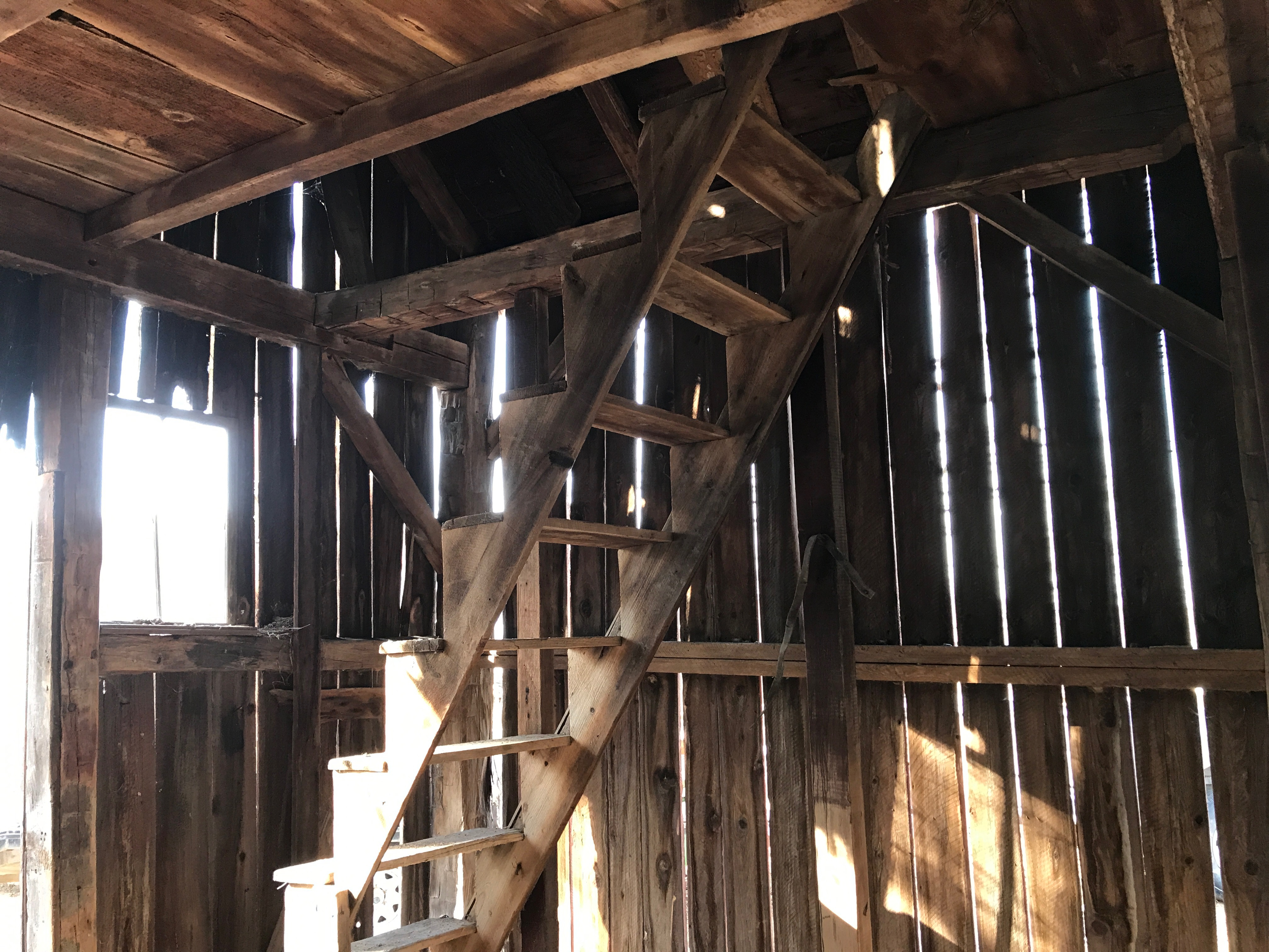 1800s staircase | rupert granary | green mountain timber frames